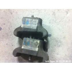 Lot de 2 silentblocs support moteur gauche Peugeot 304 et Peugeot 305 - Référence 1843.50 (Neuf)