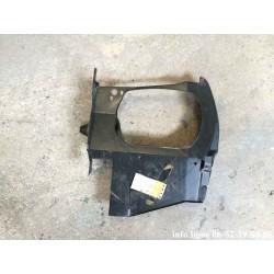 Platine de phare, armature avant gauche pour Peugeot 505 - Référence 7113.38 (Neuf)
