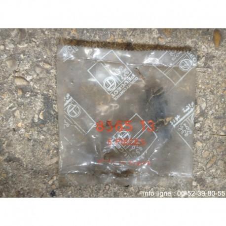 Agrafe de baguette rouge GTI-CTI Peugeot 205 - Référence 8565.13 (Neuf)