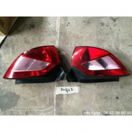 Feux arrière gauche et arrière droit Renault Mégane 2 - Référence 8200073236 et 8200073237 (Occasion)