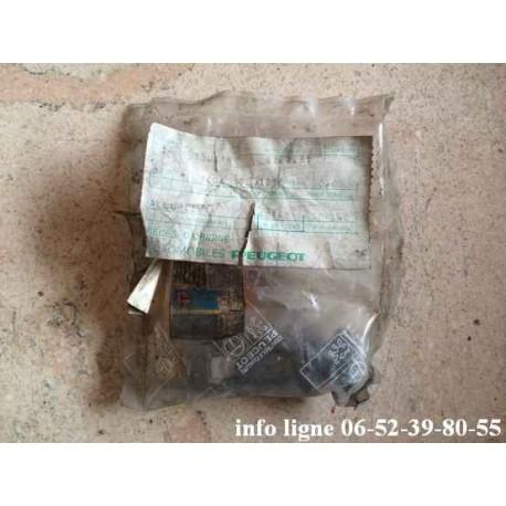 Allume cigare Peugeot 505 - Référence 8227.31 (neuf)