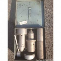 coffret outillage fenwick 8.0403 Z pour montage de roulement de l'arbre de transmission Peugeot 404 Peugeot 405 (occasion)