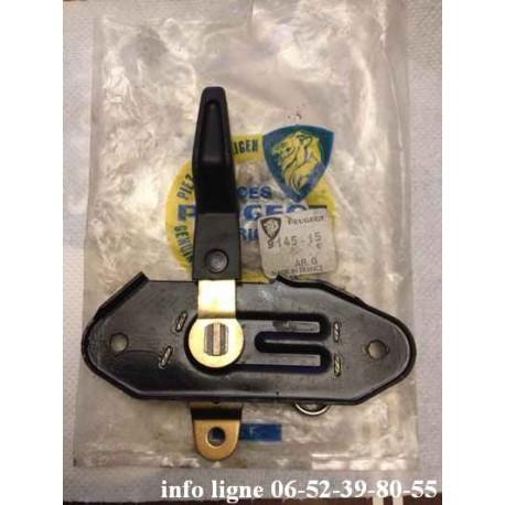 Commande d'ouverture de porte arrière gauche Peugeot 104 référence 9145.15 (neuf)
