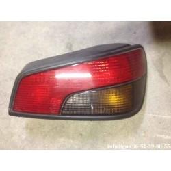 Feu arrière droit Peugeot 306 phase 1 référence Axo 2522D occasion