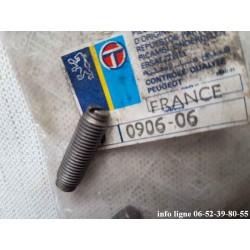 Vis de réglage de culbuteur Peugeot 204 et Peugeot 304 - Référence 0906.06 (neuf)
