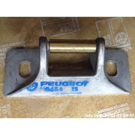 Gâche de coffre arrière Peugeot 104 - Référence 8654.15 (Neuf)