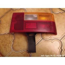 Feu arrière gauche Renault R18 - Référence Hella 53298 (Occasion)