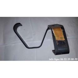 Ferrure de pare-chocs arrière gauche Peugeot 505 - Référence 7415.43 (Neuf)