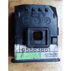 Support de pare-chocs arrière citroen AX, BX et ZX - Référence 95563861 (Neuf)