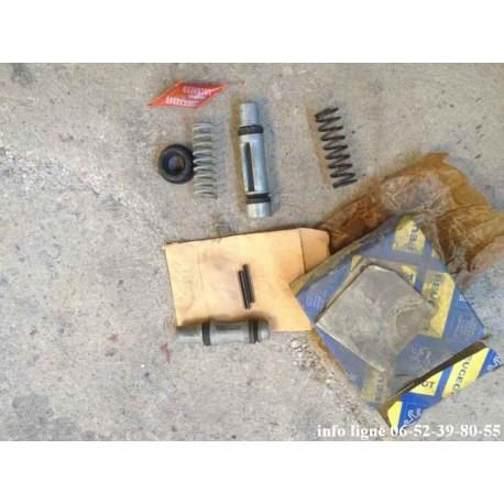 Kit de réparation de maitre cylindre Lockheed double circuit Peugeot 104 - Référence 4633.75 (Neuf)