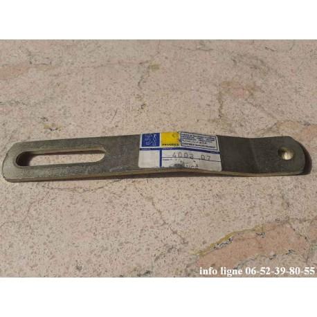 Glissière de tension de courroie Peugeot 504 - Référence 4003.07 (Neuf)