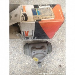 Cylindre de frein arrière gauche Peugeot 104 - Référence 4402.45 (Neuf)