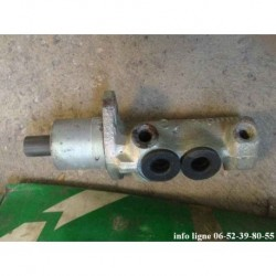 Maître cylindre de frein Lucas electrical Peugeot 205, Peugeot 106 et Peugeot 309 - Référence PMD 192 (Neuf)